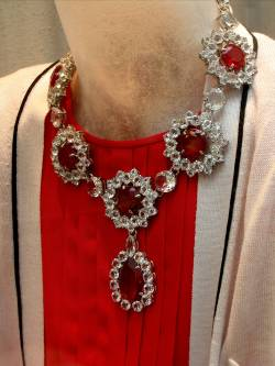 Chic lady Prada bijoux