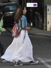 windy white skirt
