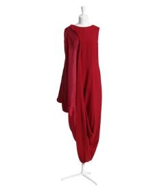 dress 149 €